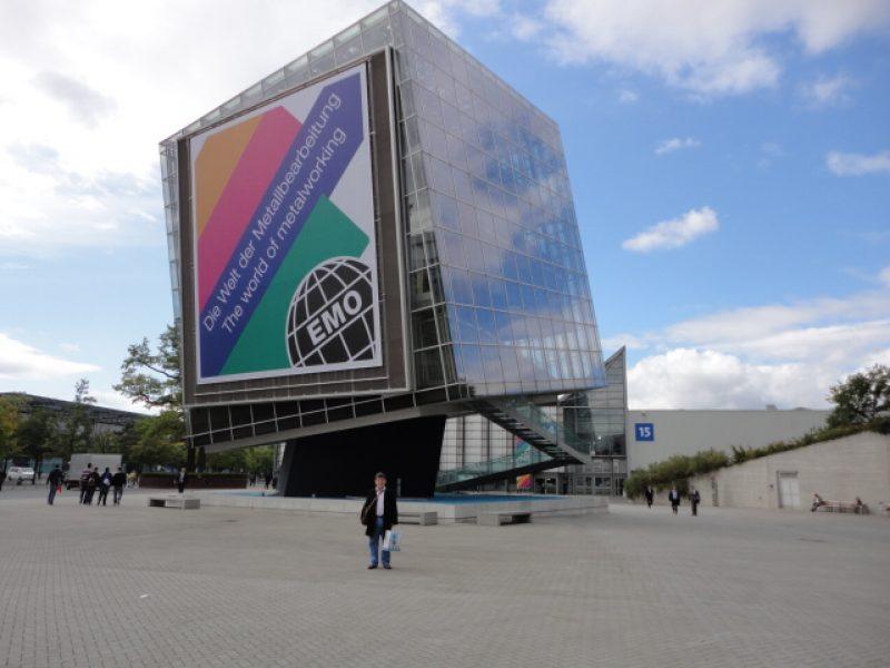 Visita a EMO em 2011